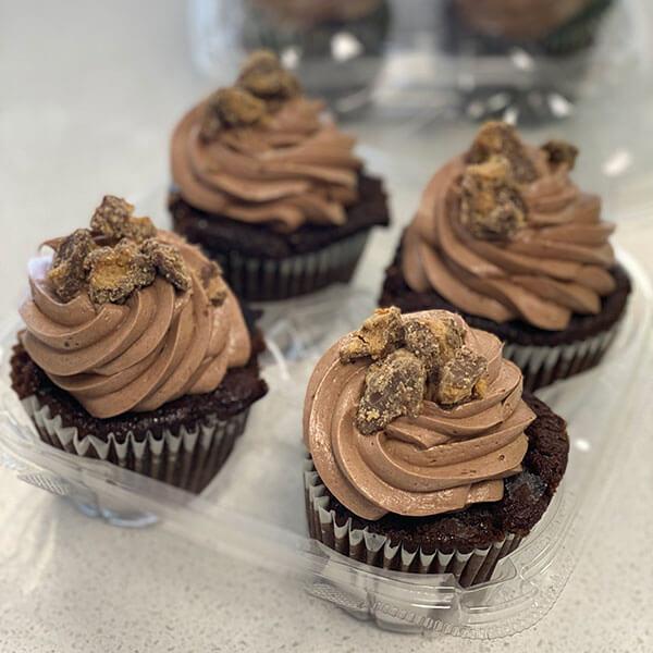 jumbo-cupcakes